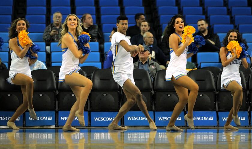 476637_SP_1228_UCLA_mens_basketball_15_GMF.jpg