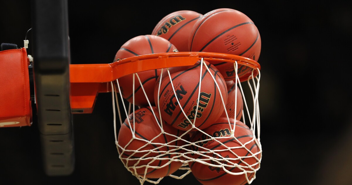 Basketball scores from Monday