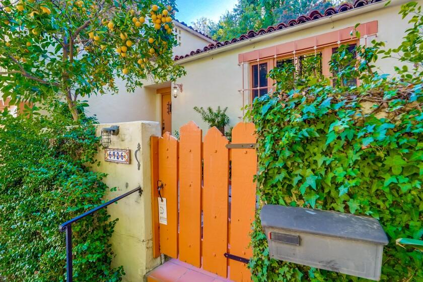 Art Babbitt and Barbara Perry's Hollywood Hills home