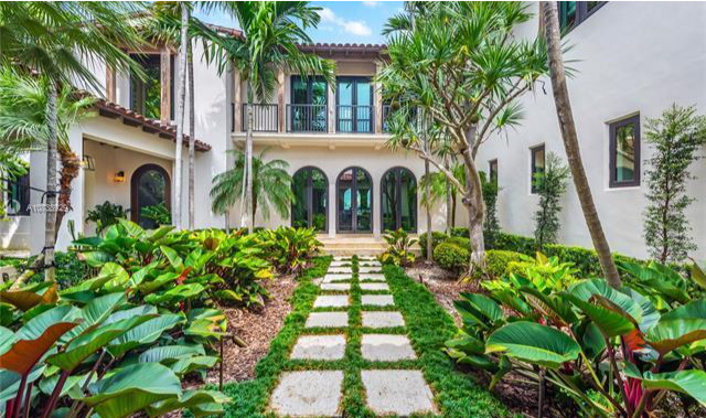 Dwyane Wade's Miami Beach mansion  photo