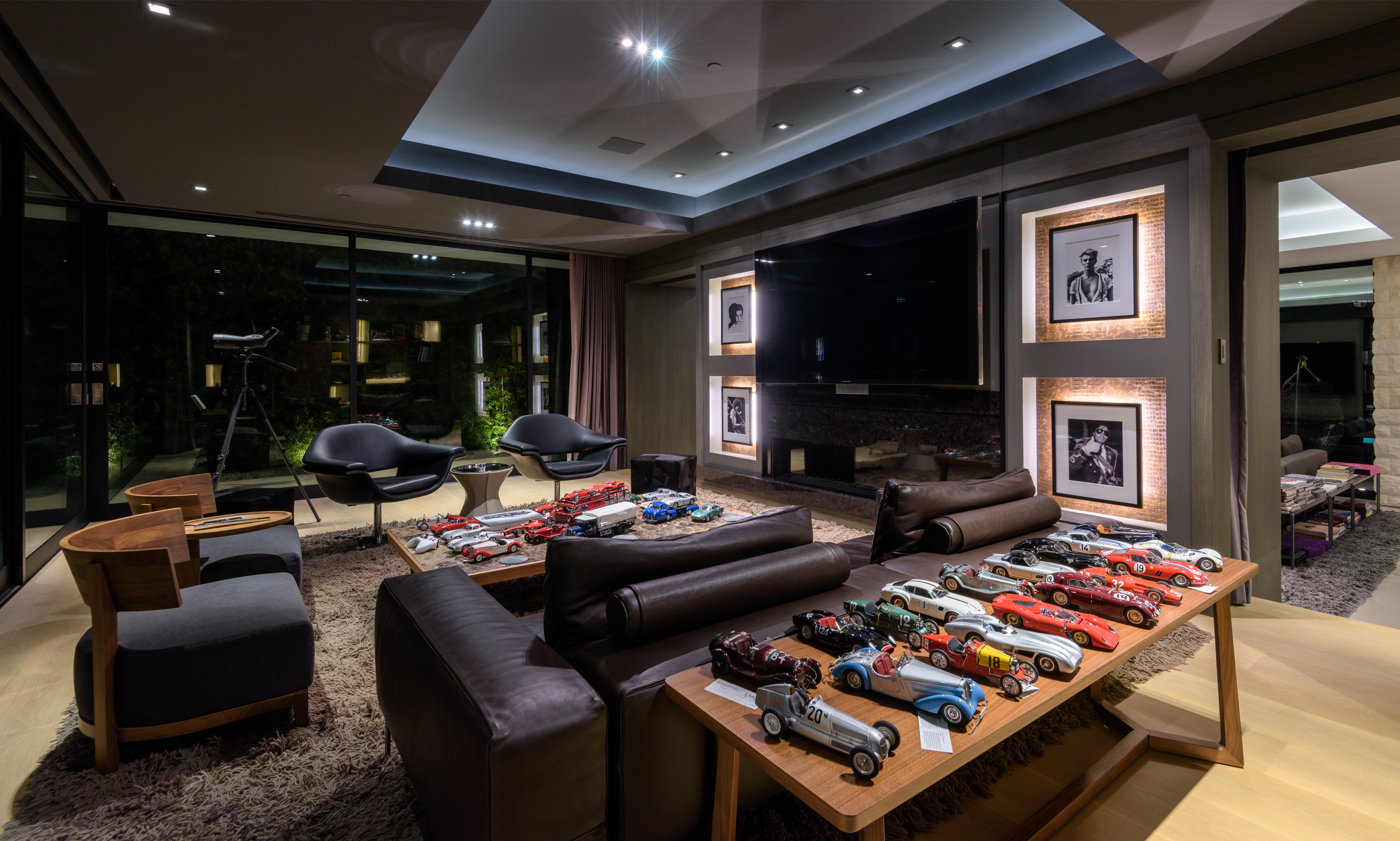 Russell Weiner's Hollywood Hills home photo