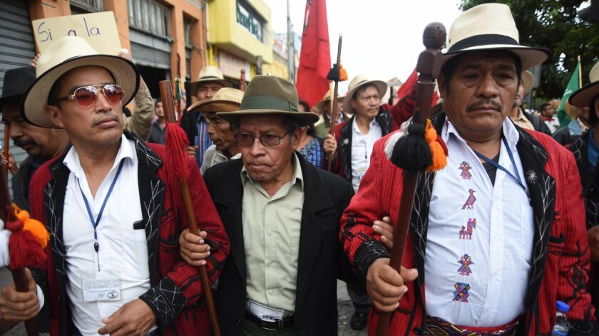 GUATEMAL-MORALES-ANNUAL-REPORT-PROTEST