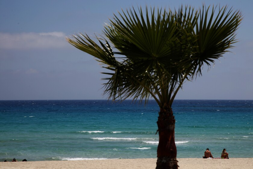 Virus Outbreak Cyprus Enticing Tourists