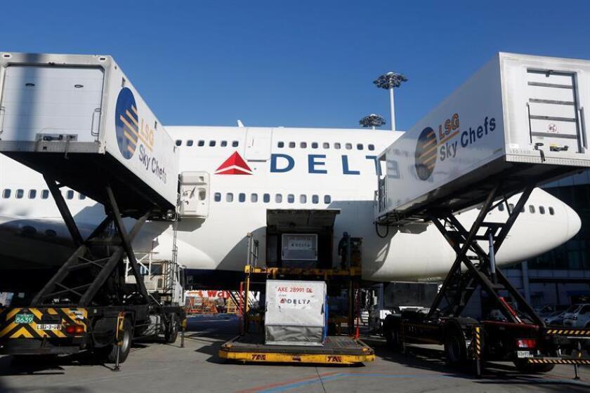 Gobernador de Georgia comprometido a luchar por Delta en proyecto fiscal