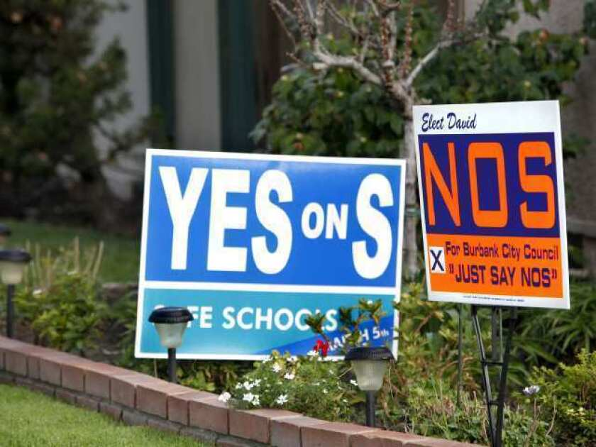 'Nos' signs only add to challenge of Measure S campaign