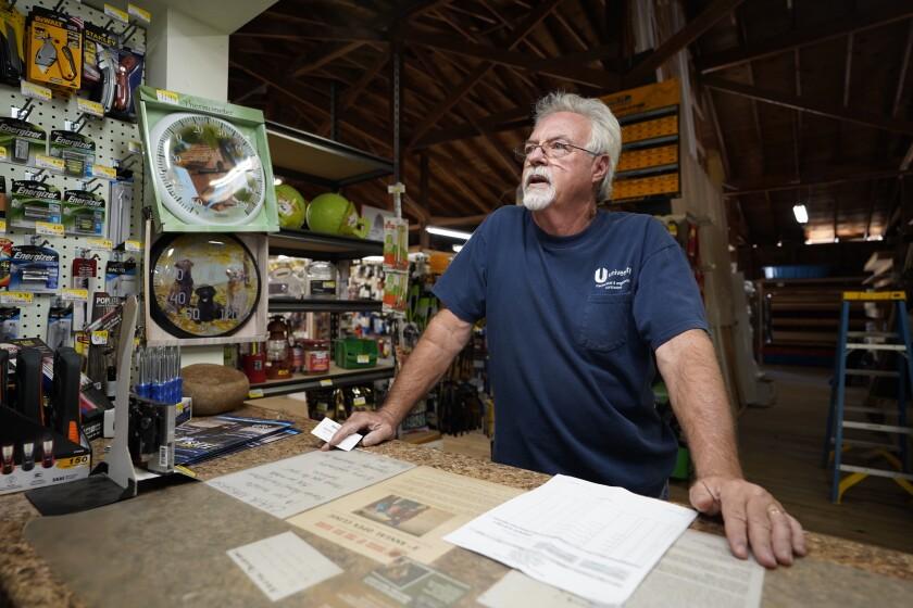 Bob Marks 62 es el copropietario de la tienda East County Lumber and Ranch Supply en Forrest Gate Road en Campo. La tienda está en la tierra que está a la venta.