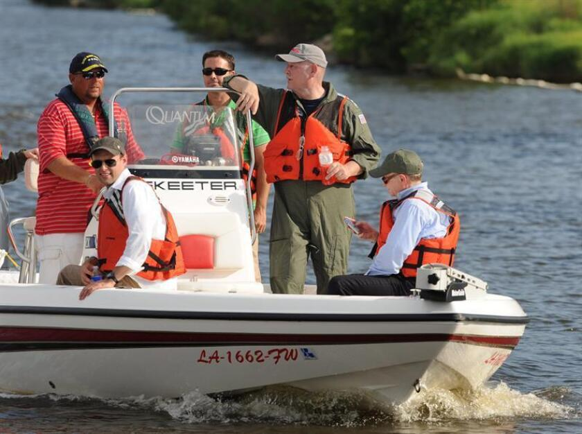 La Guardia Costera ha repatriado en los últimos cuatro días a 136 cubanos que intentaron llegar ilegalmente al país y que fueron interceptados en aguas del Estrecho de Florida, informó hoy la institución. EFE/Archivo