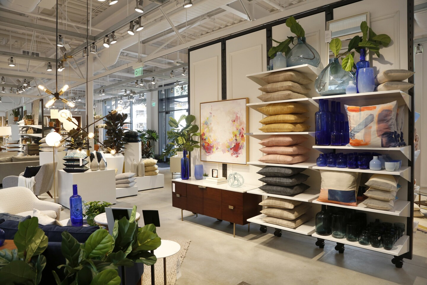 New West Elm store in Santa Monica
