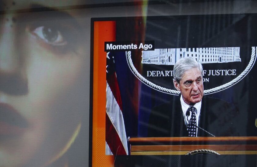 AFP-Getty_Special Counsel Robert Mueller Makes A Statement O.JPG