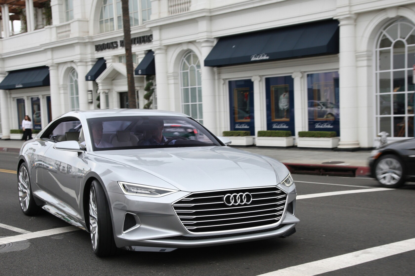 Audi Los Angeles >> Audi Prologue Concept Car Foreshadows A Sultry Luxurious