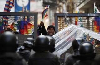 """Resultado de imagen para Cientos de conductores varados por una protesta en Cataluña"""""""