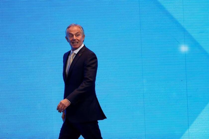 """Tony Blair aconseja a empresarios mexicanos ser """"activos"""" en temas políticos"""