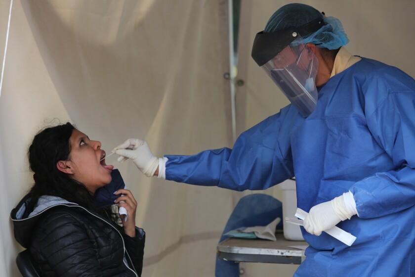 México: Alza de contagios afecta reapertura de fronteras