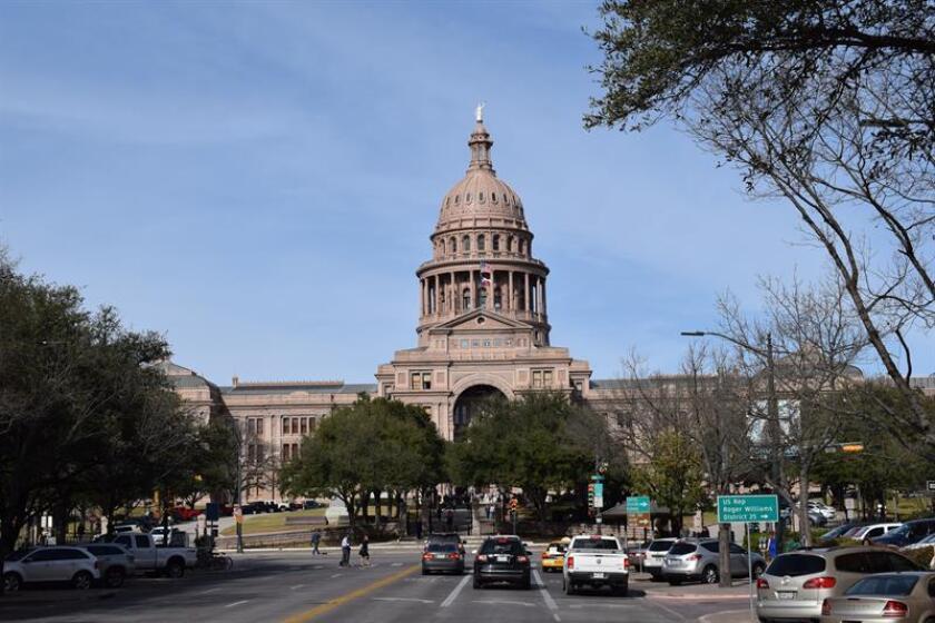 Vista de hoy, martes 7 de febrero 2017, del Capitolio estatal en la capital de Texas, Austin, que fue nombrada la mejor ciudad para vivir de Estados Unidos tras quedar en primera posición en el ránking anual que elabora la prestigiosa revista estadounidense US News & World Report. EFE