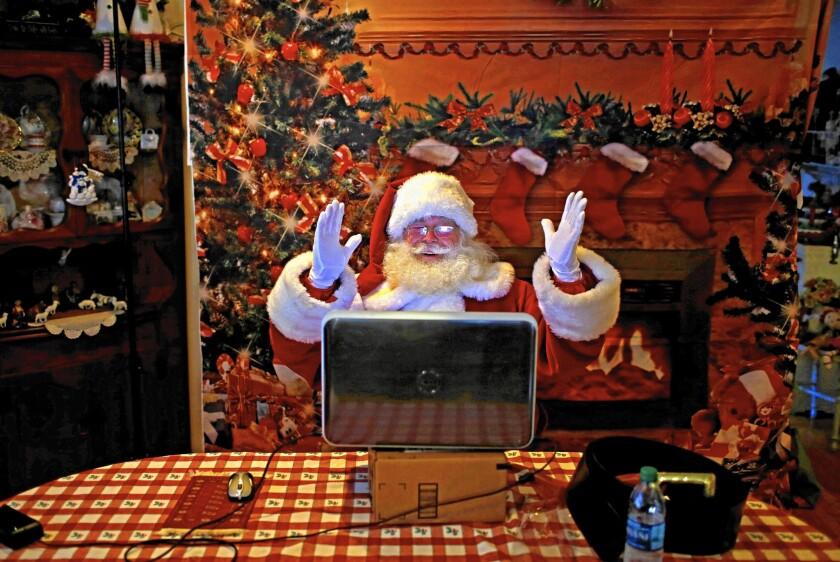 Kids video chat with Santa via HelloSanta.com