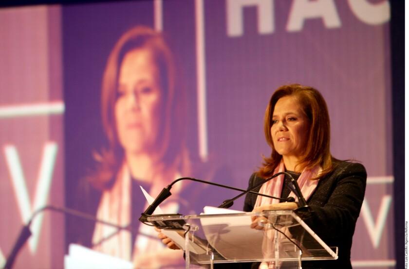 La aspirante presidencial Margarita Zavala dijo que tras la victoria electoral del republicano Donald Trump en Estados Unidos ha habido una parálisis en el Gobierno mexicano.