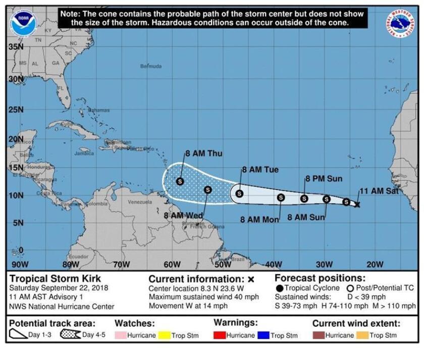 Imagen cedida hoy, sábado 22 de septiembre de 2018, por el Centro Nacional de Huracanes (NHC), que muestra el pronóstico de tres días de la tormenta tropical Kirk, durante su avance hacia el oeste en el Atlántico desde las costas de África. EFE/NHC/SOLO USO EDITORIAL/NO VENTAS