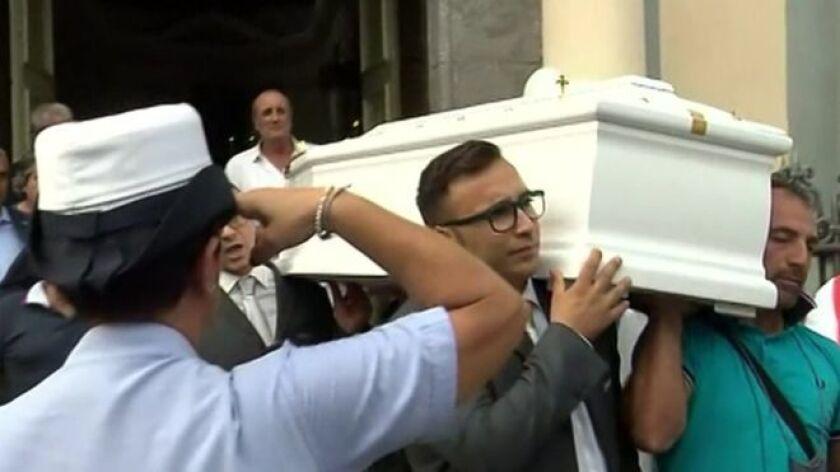 El funeral de Tiziana fue emitido en vivo por televisión el 15 de septiembre de 2016.
