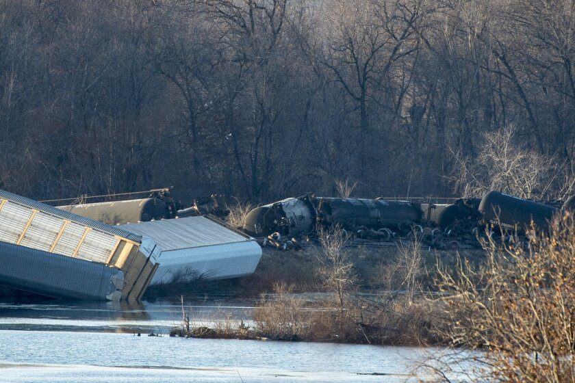 Train cars lie overturned outside of Alma, Wis. after derailing on Saturday, Nov. 7, 2015. BNSF Railway says five tanker cars leaked ethanol into the Mississippi River. (Aaron Lavinsky/Star Tribune via AP) MANDATORY CREDIT; ST. PAUL PIONEER PRESS OUT; MAGS OUT; TWIN CITIES LOCAL TELEVISION OUT
