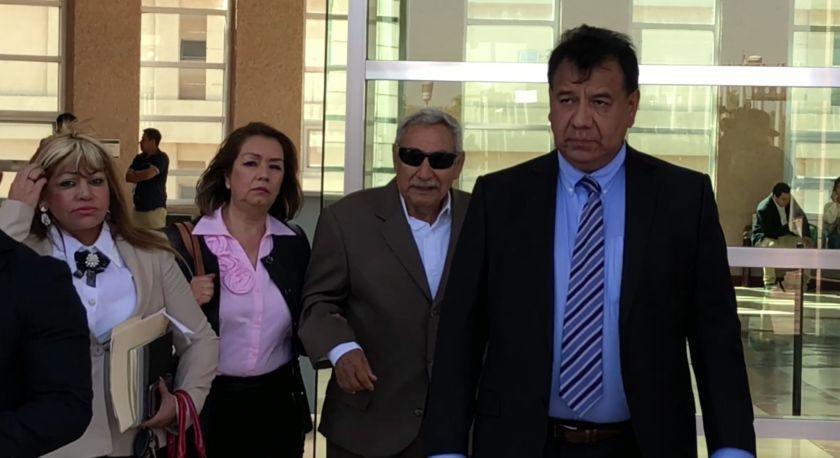 Pablo Aguilera, hermano de Juan Gabriel, acudió a un juzgado de Morelia por el caso de demanda interpuesta por su sobrino Iván, quien quiere sacarlo del rancho en el que vive.