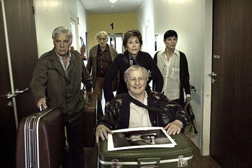 From left: Guy Bedos, Pierre Richard, Jane Fonda, Claude Rich and Geraldine Chaplin.