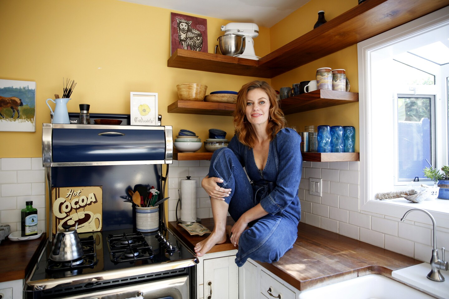 VENICE, CALIF. - SEPT. 13, 2019: Actor Cassidy Freeman in the kitchen, her favorite room of her Venice, Calif. home. (Steve Saldivar / Los Angeles Times)