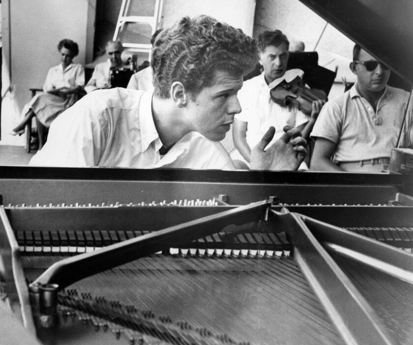 Van Cliburn, pianist 'who conquered Russia,' dies at 78