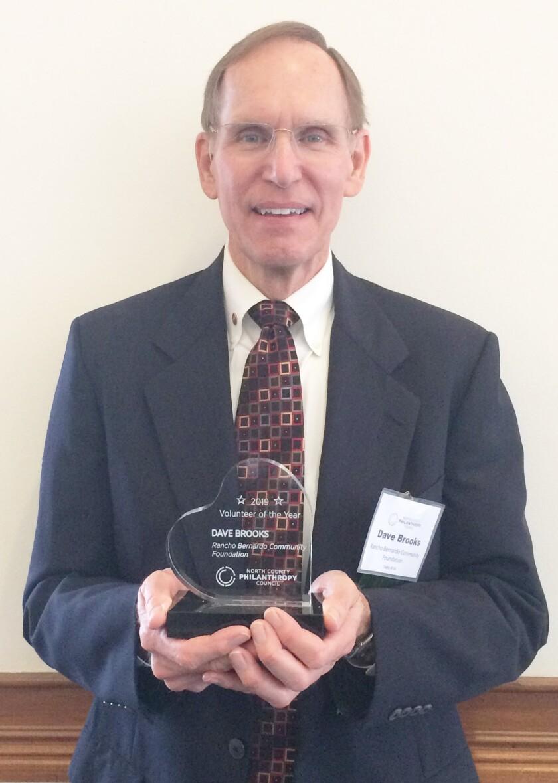 Dave Brooks volunteer award 2019.jpg