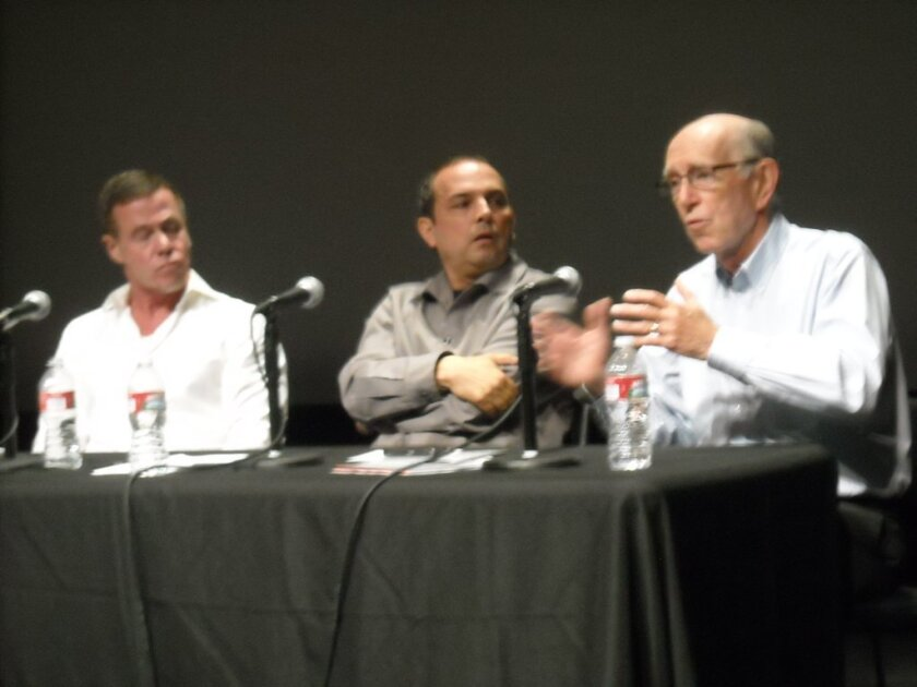Jordan Crandall, Teddy Cruz, and Michael Cole discuss the Knowledge Corridors Project at Calit2. Courtesy