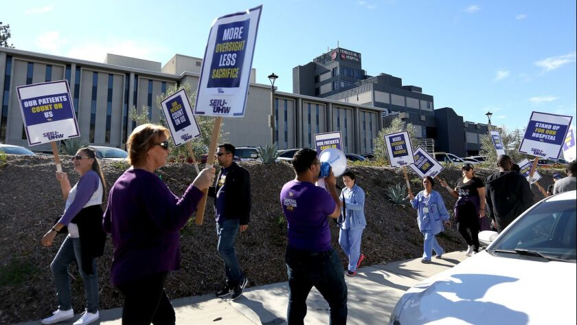 Members and staff of SEIU-UHW picket for contract resolution outside Verdugo Hills Hospital in Glend