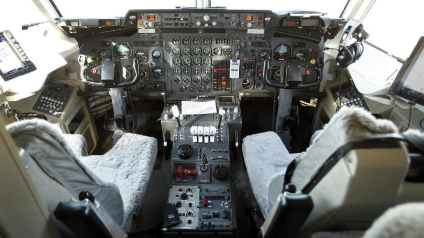 La cabina del Neptune Aviation Services Inc., del jet Missoula Montana British Aerospace BAe ).