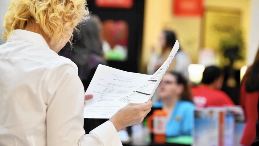 Experts say following a few simple tips can help get your résumé past applicant-screening software.