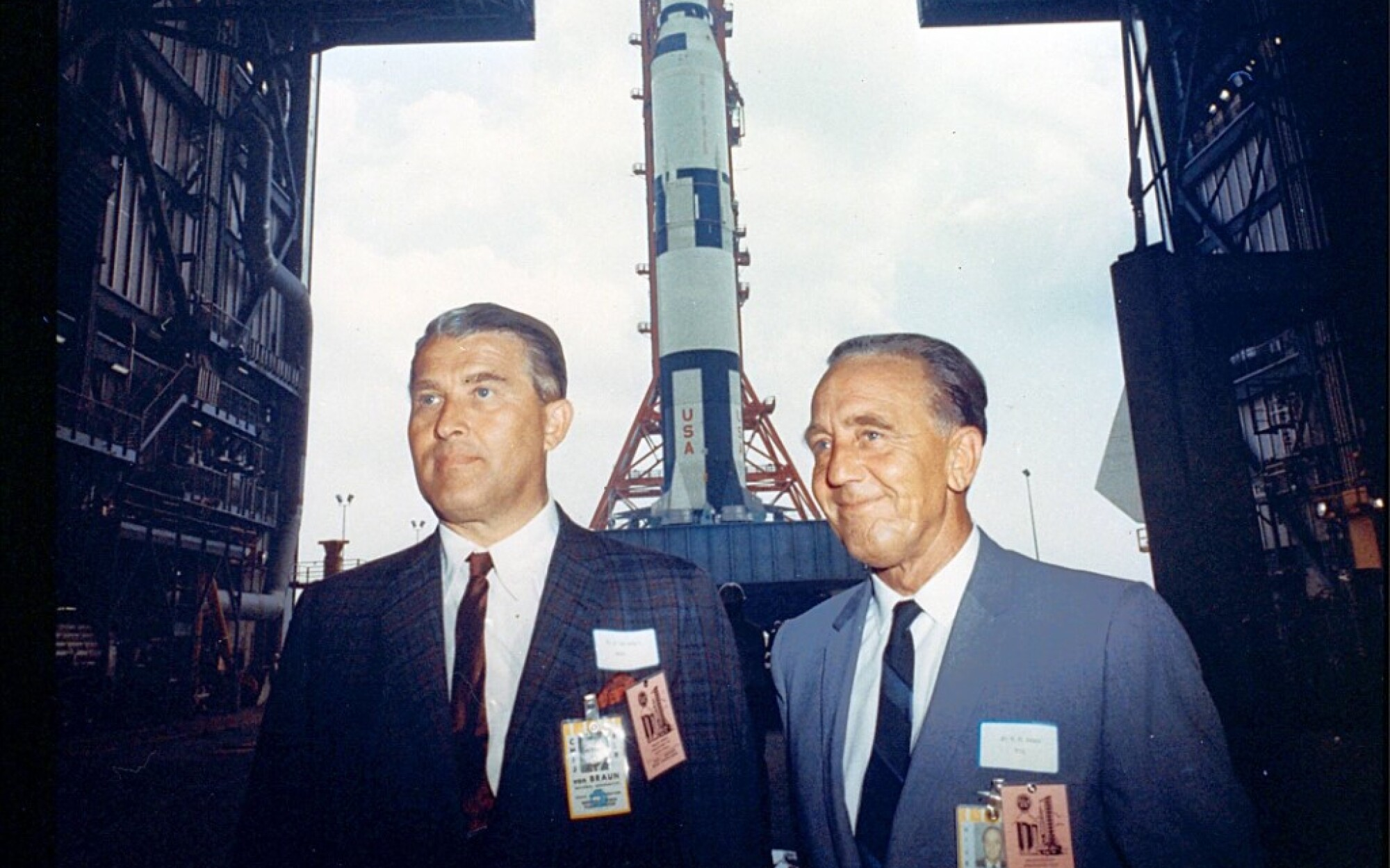 Who got America to the moon? An unlikely collaboration of Jewish and former Nazi scientists and engineers - Los Angeles Times