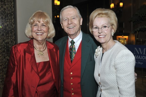 New Majority Membership Director Karolyn Dorsee, Pete and Gayle Wilson