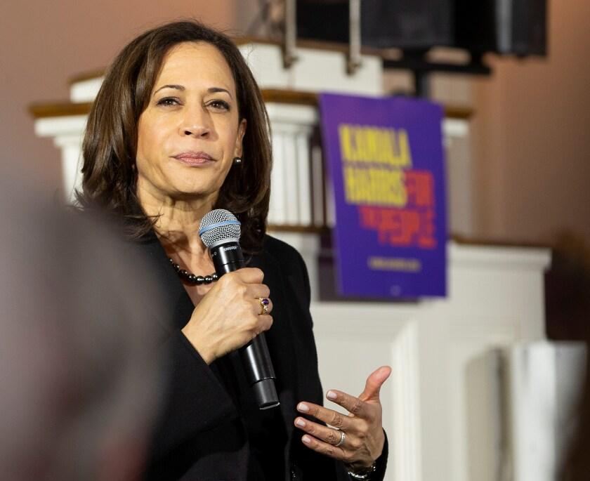 La senadora demócrata de California, Kamala Harris