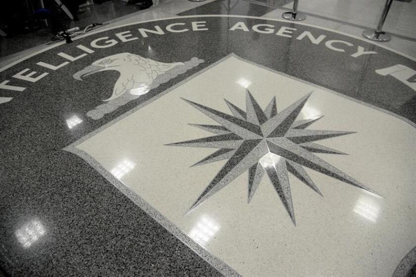 La actual nominada por la Casa Blanca para dirigir la Agencia Central de Inteligencia (CIA), Gina Haspel, asumió la dirección de la institución de manera interina en sustitución del hasta hoy máximo responsable, Mike Pompeo, quien fue confirmado por el Senado como nuevo secretario de Estado. EFE/ARCHIVO/POOL