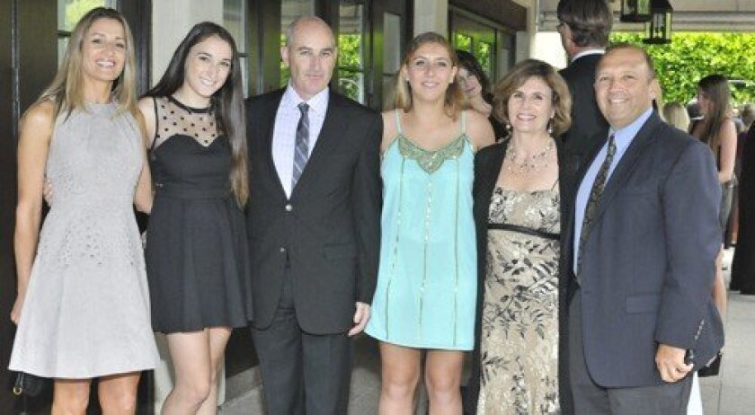 Gary and Aimee Levinson, Nikki, Michelle and Joel Benatar