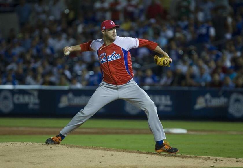 En la imagen, el lanzador cubano Lázaro Blanco. EFE/Archivo