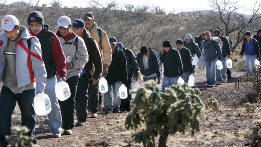 Este es el tercer año consecutivo que la organización que trabaja a lo largo de la frontera de Estados Unidos y México lleva a cabo la colecta de agua.