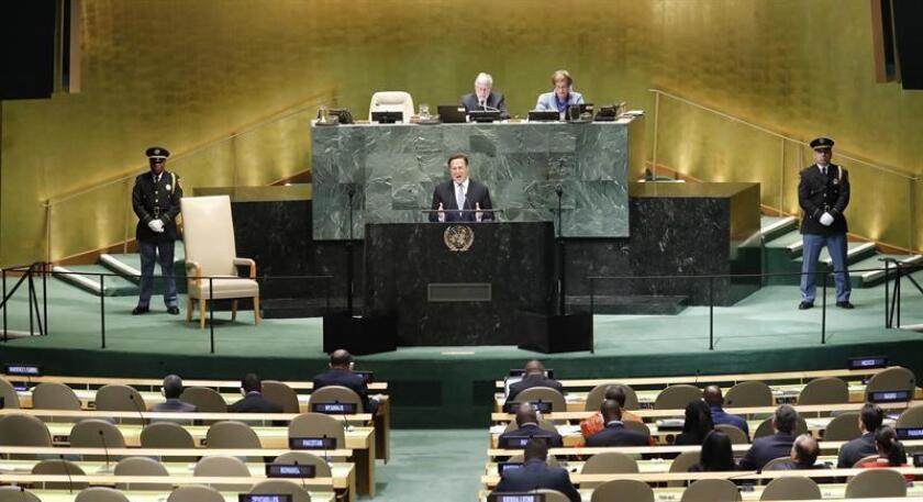 El presidente panameño, Juan Carlos Varela Rodríguez, pronuncia su discurso durante el 73 periodo de sesiones de la Asamblea General de las Naciones Unidas (ONU) en la sede de la ONU en Nueva York, Estados Unidos, hoy, 26 de septiembre de 2018. EFE