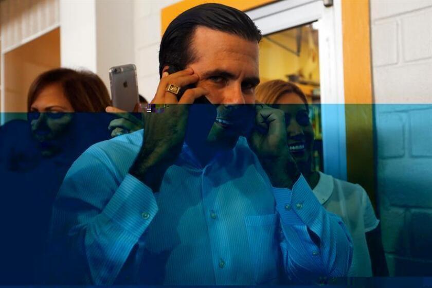 El gobernador electo, Ricardo Roselló, se reunió hoy con la jueza presidenta del Tribunal Supremo, Maite Oronoz, quien será la encargada de jurarle el cargo al nuevo mandatario el próximo dos de enero. EFE/ARCHIVO