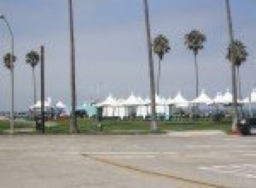 Surf-Day-for-vets-tents