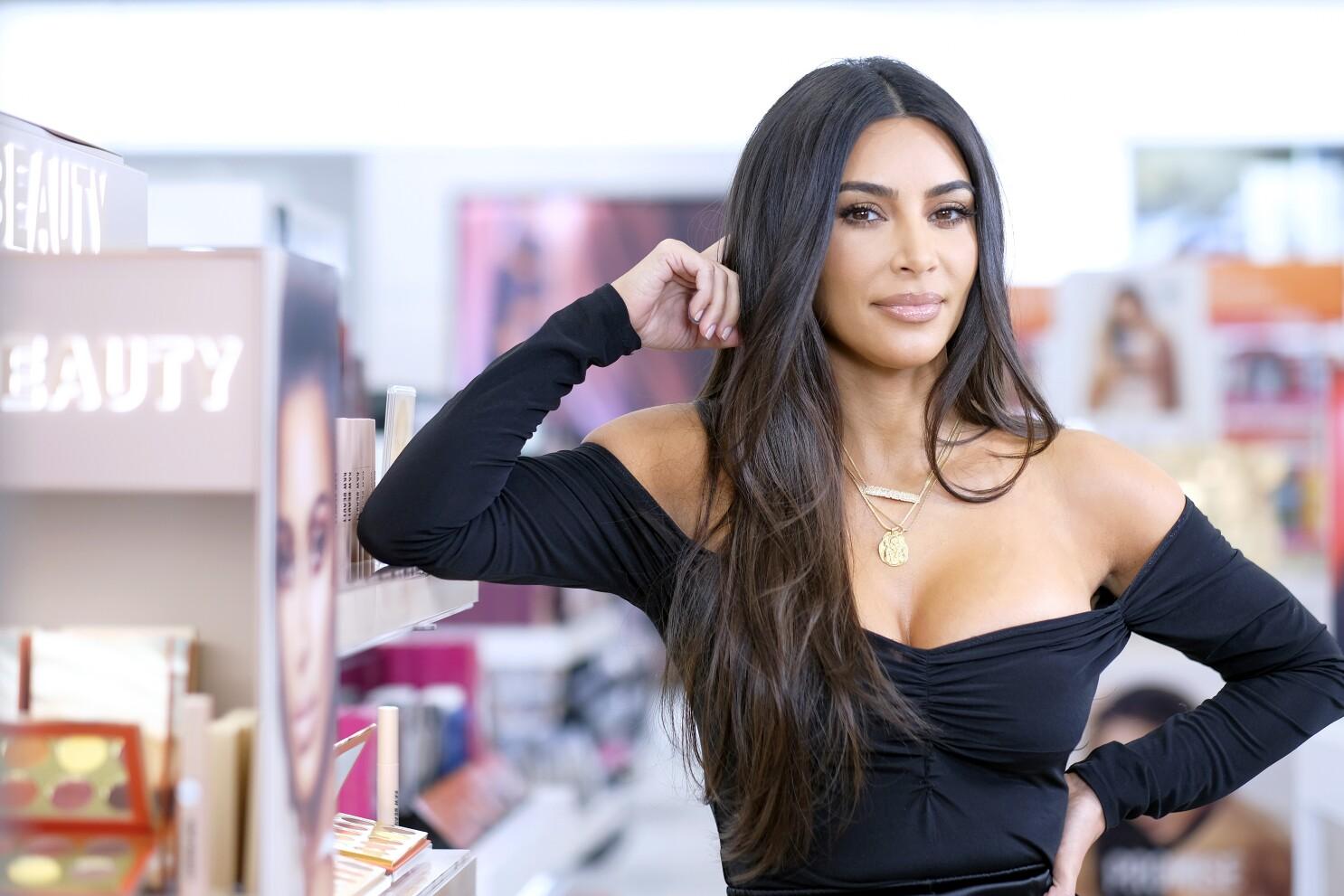 Kim Kardashian denies she violated labor laws - Los Angeles Times