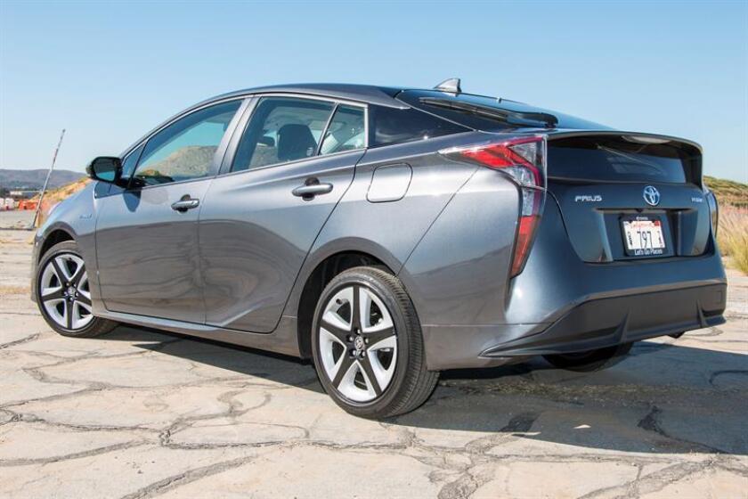 Toyota informó hoy de que llamará a revisión unos 49.000 vehículos en Estados Unidos para arreglar un problema eléctrico en el sistema de airbag que puede impedir su activación en caso de accidente. EFE/ARCHIVO