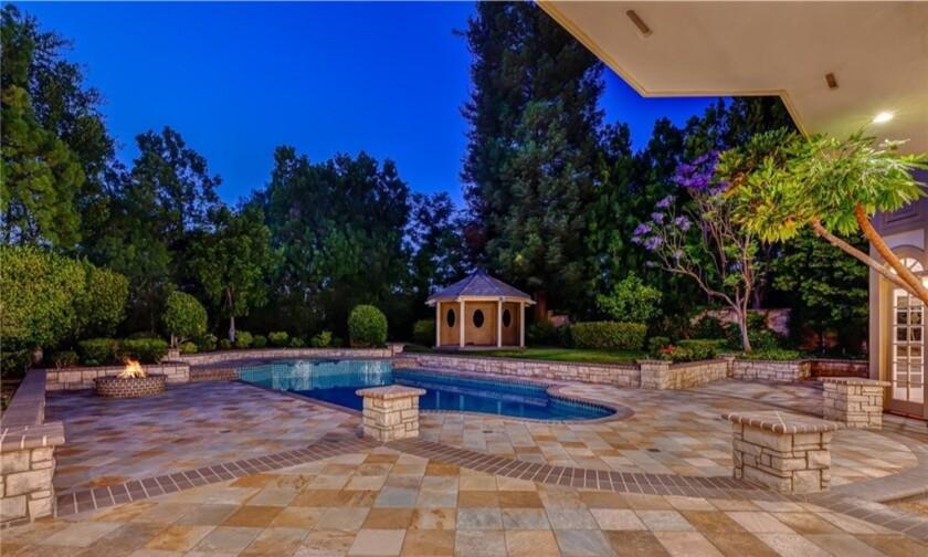 Jonathan Frakes' Woodland Hills home