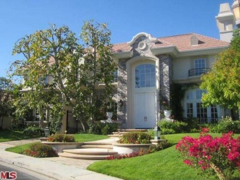 Actor Chris Tucker sells Tarzana house
