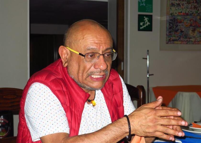 El representante de la Red de Accesos, Luis Adrian Quiroz, participa este jueves, durante una rueda de prensa en Ciudad de México (México). EFE
