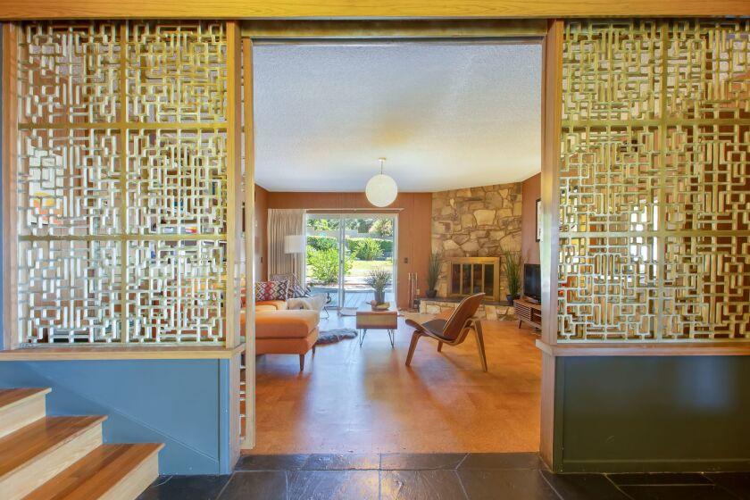 Matt Hales & Kim Oliver   Hot Property