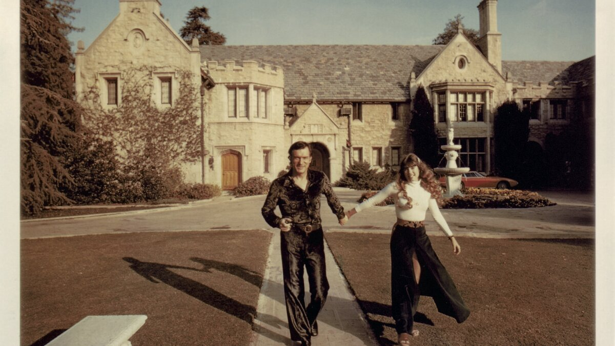 Hugh Hefner S Playboy Mansion Was Hedonistic Headquarters For His Brand Los Angeles Times
