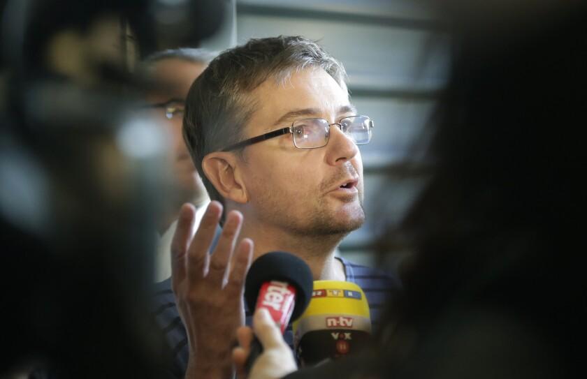 Slain Charlie Hebdo editor's book to be published posthumously